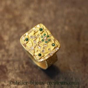 Bague Arbre de Vie Diamants Emeraudes